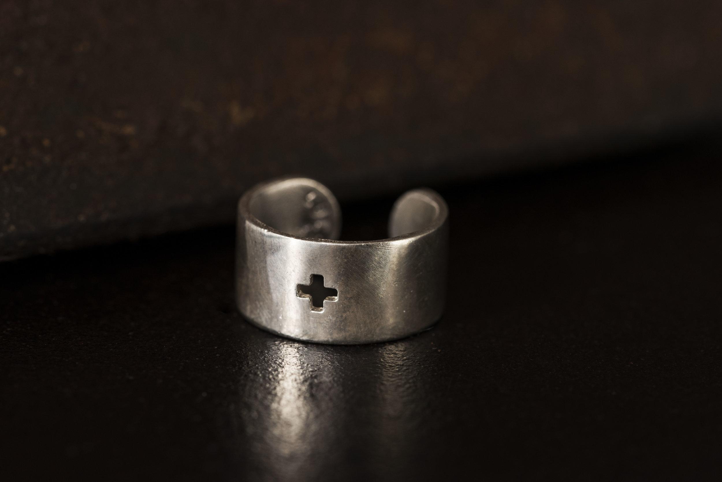 adjustable plus cutout ring