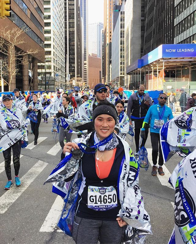 Major PR day!!! Ran 2hr7min total. 21 mins faster overall & 1:37 min/mile faster pace than my last half marathon.  Surpassing all my expectations today!! United NYC Half Marathon 2017. 🥇🏃🏻♀️💪🏻. #foilcapes #foilcapedsuperhero #fastandfurious #breakingpersonalrecords #prday #finisher #unitednychalf #halfmarathon #nyrr #run #runner #instarunner #running #thingsiseewhilerunning #nyc #medal #winter #financialdistrict