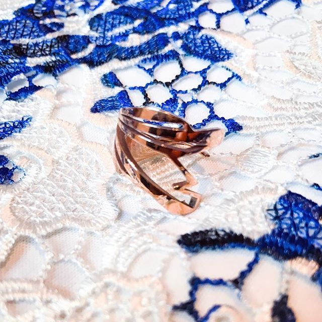 """Something blue something rose. Save 25% on all jewelry with code """"GIVETHANKS"""" at checkout now thru 12/8/17. """"Heron"""" ring in rose gold shown here.  Pieces available for purchase at link in bio ☝🏻️ or online at: www.nummynims.com  Be sure to follow nummynims on Instagram, Facebook, Twitter, Tumblr & the nummynims blog.  #nummynims #rosegold #ring #gold #lace #somethingblue #heron #lovely #beautiful #style #fashion #accessories #modern #design #designer #architect #art #cool #sale #shopsmall #pretty #rose"""