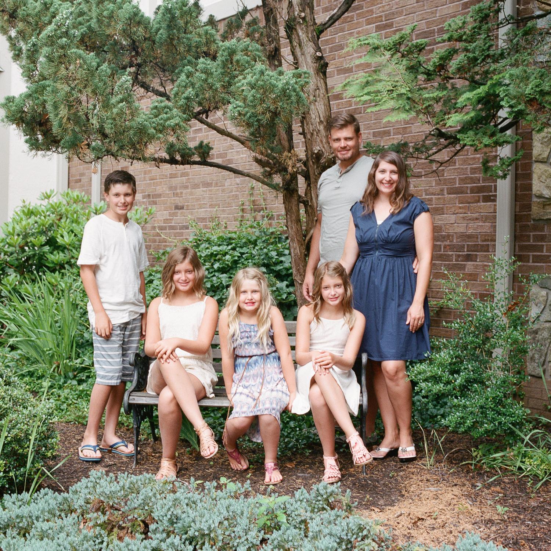 hunzeker-family-portrait-reston-virginia-21.jpg