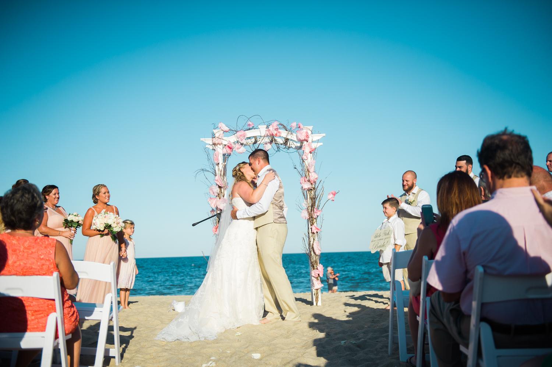 kate-nick-bethany-beach-delaware-wedding-ocean-suites-67.jpg