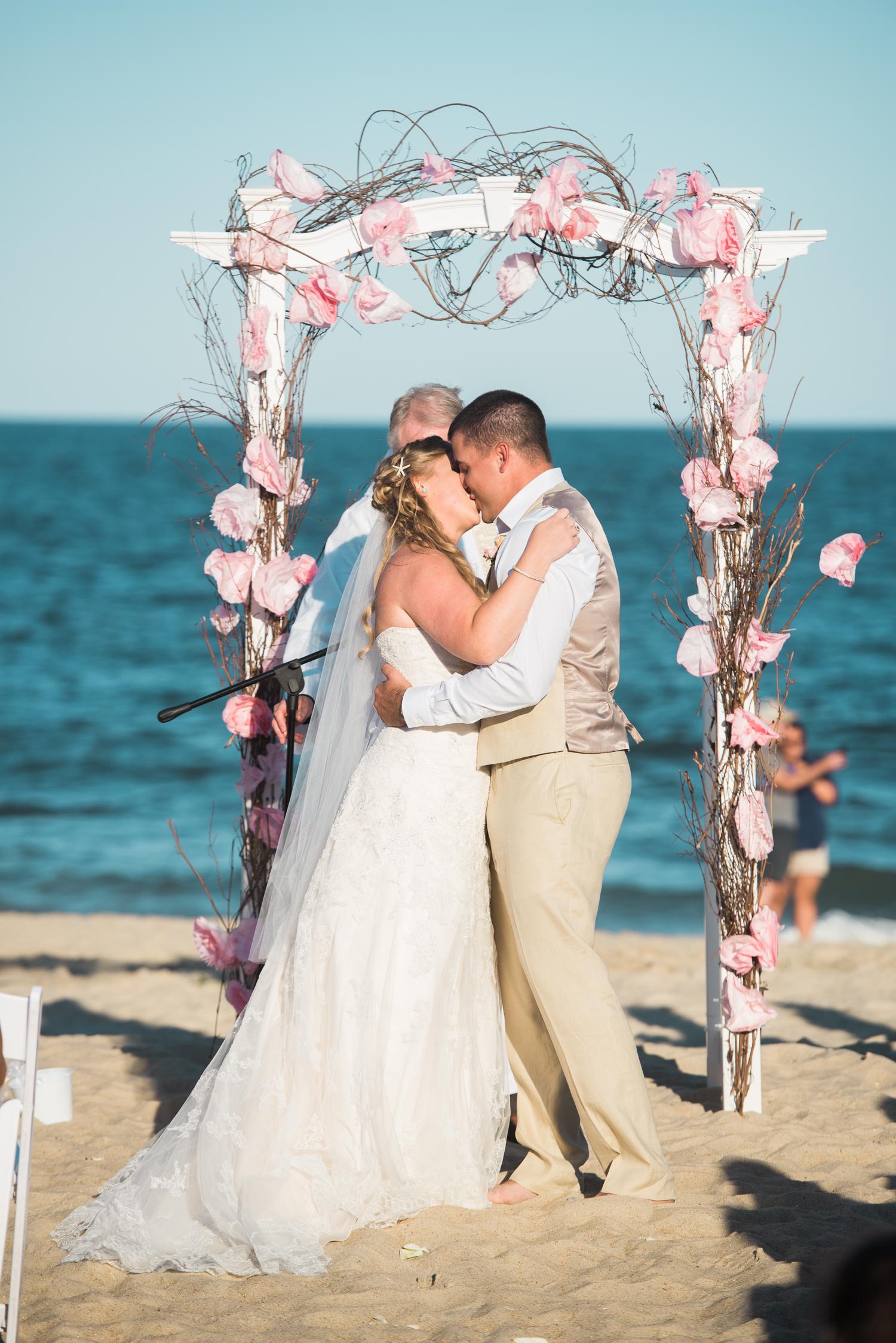 kate-nick-bethany-beach-delaware-wedding-ocean-suites-68.jpg