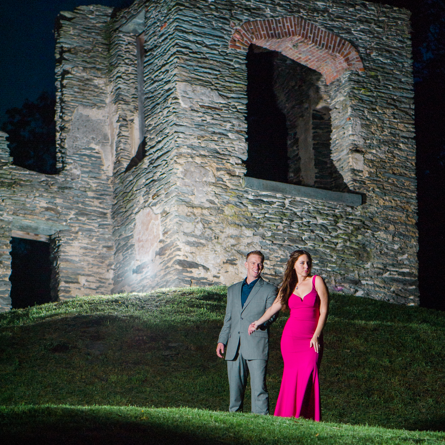 callie-and-chris-harpers-ferry-church-ruins-engagement-21.jpg