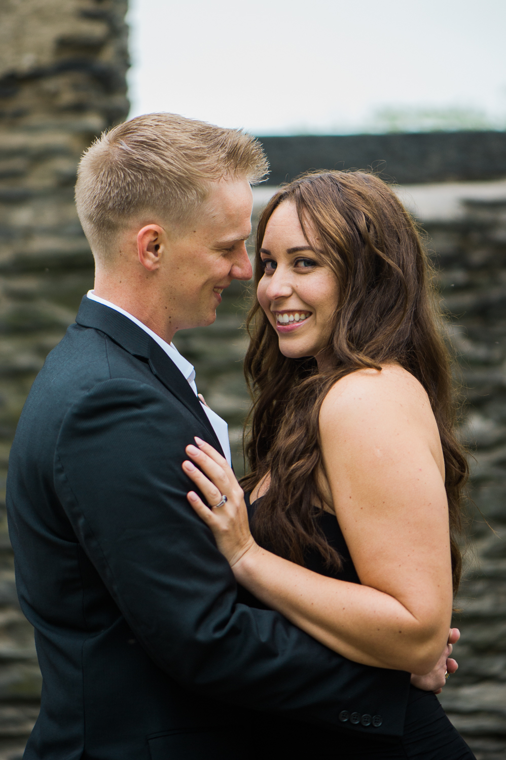 callie-and-chris-harpers-ferry-church-ruins-engagement-1-4.jpg