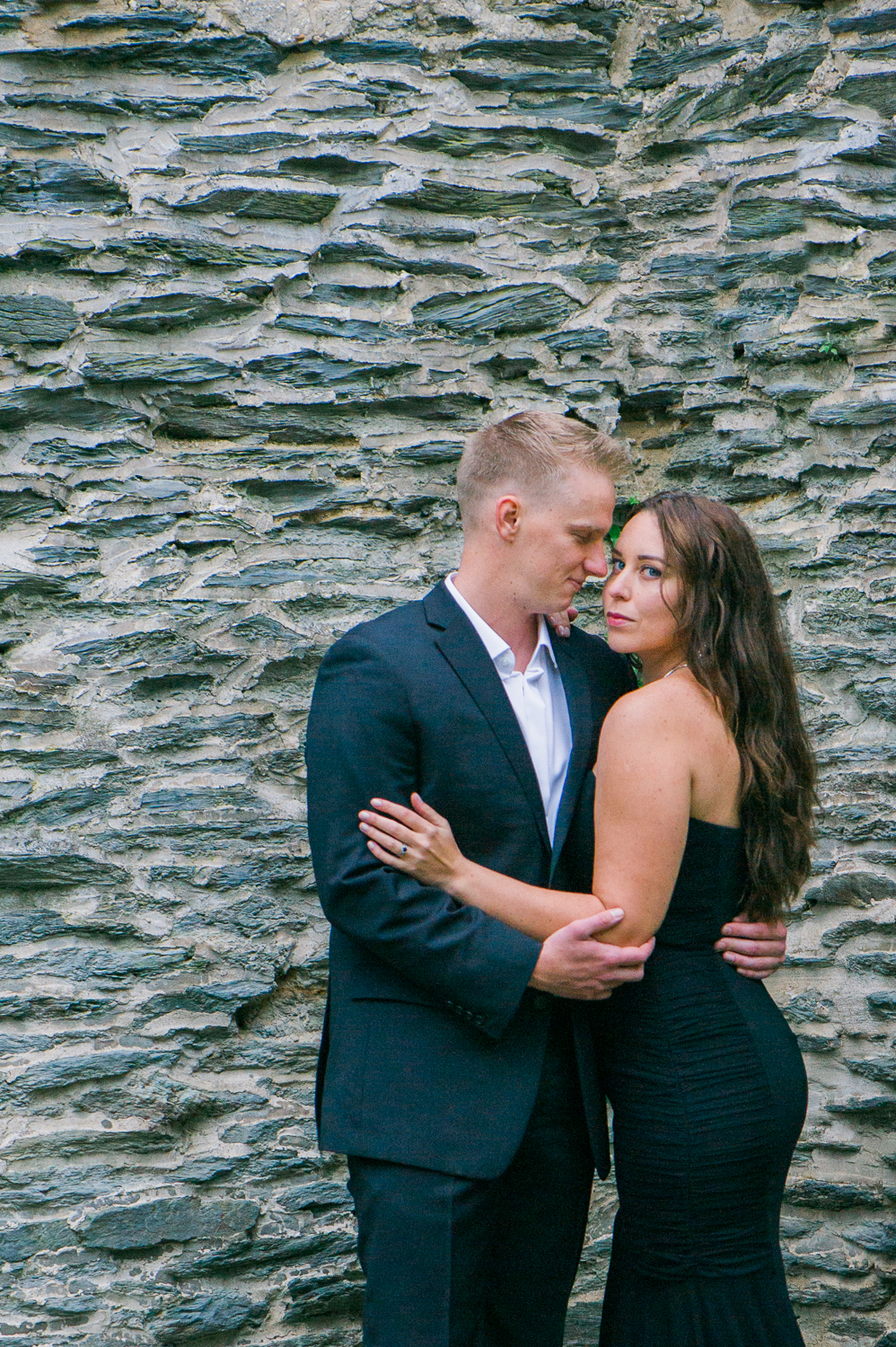 callie-and-chris-harpers-ferry-church-ruins-engagement-1.jpg