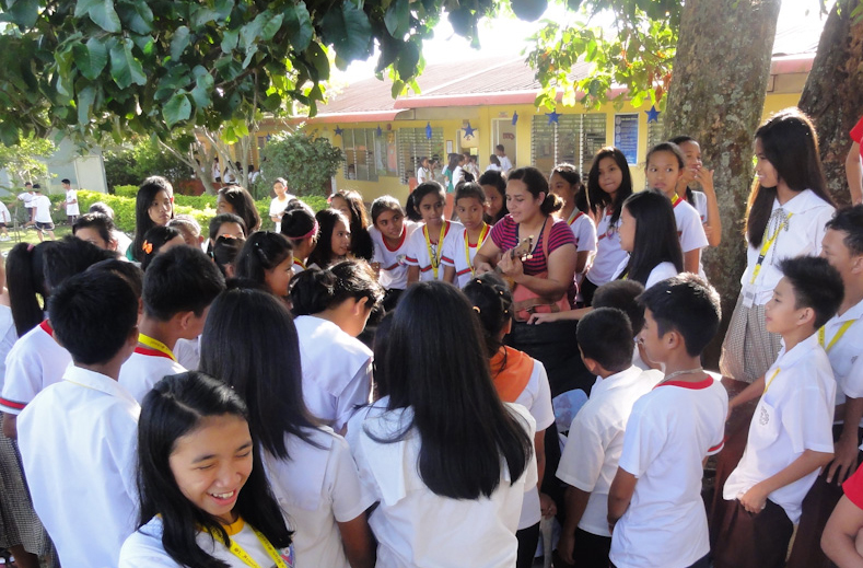 During a winter immersion in the Philippines in 2012, Leafa Vagatai visited this high school in Sariaya, Leyte. Conversations easily led into sharing songs. The music is what drew this group of students together.
