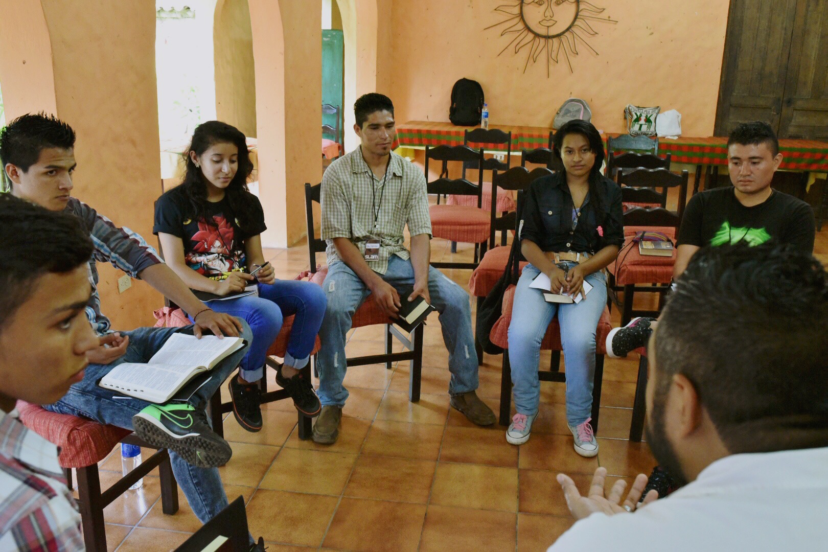 Rafael Reyes leads a discussion with the youth on what it looks like practically to be salt and light in their society and the challenges that they face in doing so.