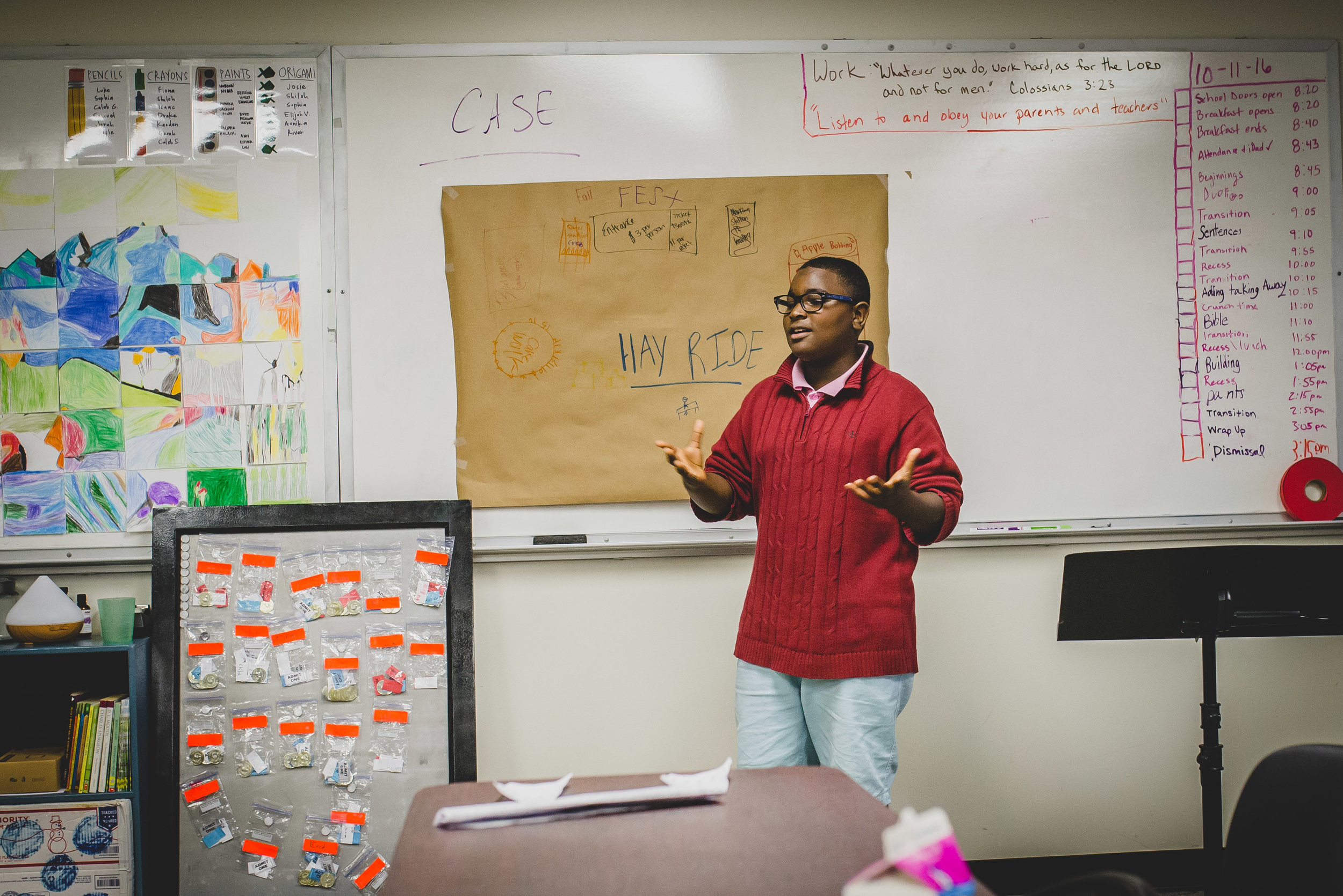 """Califarmia Food Truck Manager, Zach Hartnell, taught students some introductory concepts of business creation. Students were divided into teams,brainstormed their own business ideas,and finally presented them before a """"Shark Tank"""" panel. Yancey's idea to have a booth at an upcoming fall festival won the competition."""