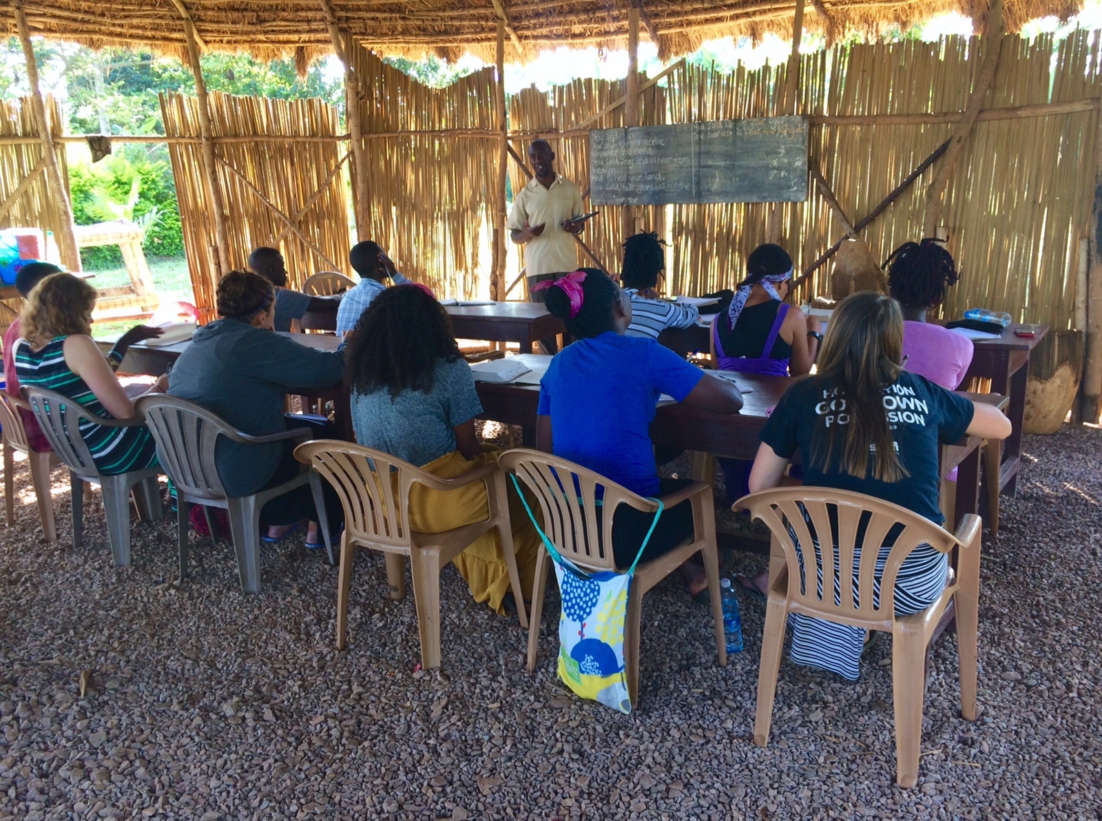 Immersion participants engage in a Bible class at the Institute EA. The students' journey parallels one another's, allowing for engaging discussions.