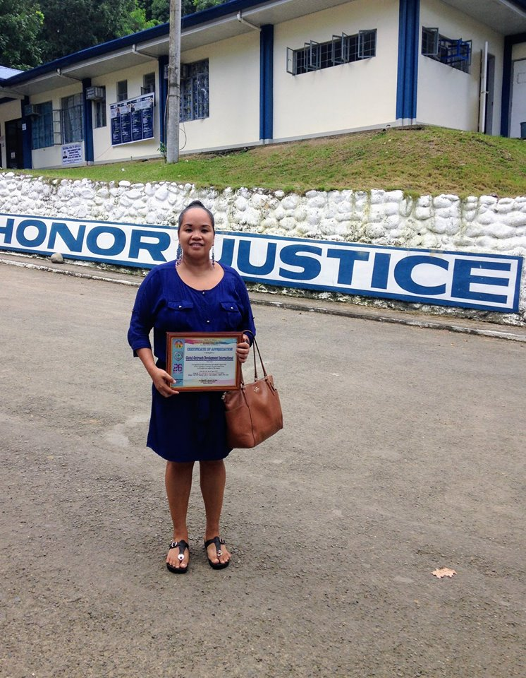 G.O.D. Int'l was recently recognized as a consistent service provider for the women's dormitory at the Tacloban City Jail. Rina attended a ceremony of recognition.