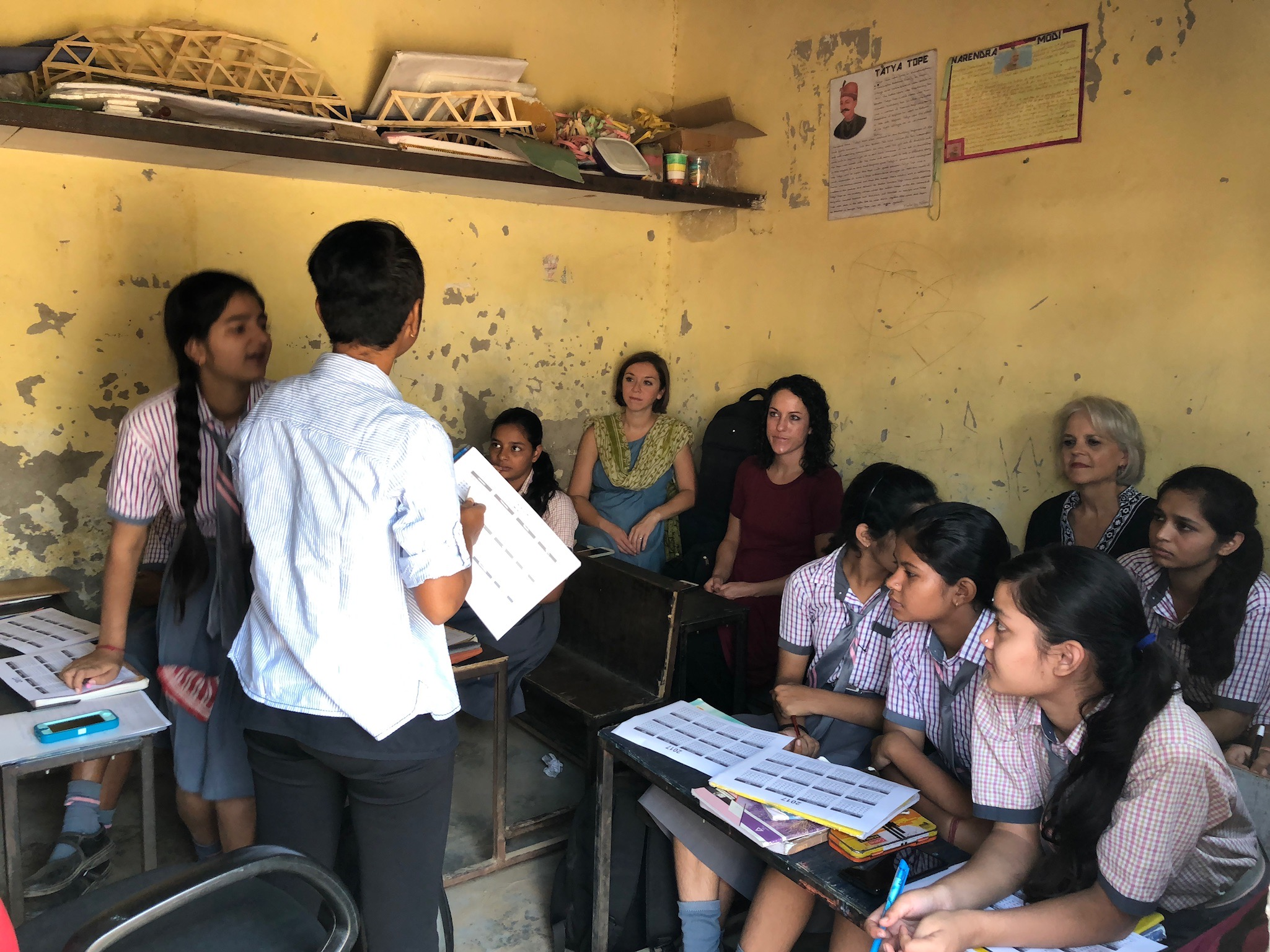 Girls Class takes place in one of the classrooms at APS, and is taught by Sneha Purti, a cooperative for G.O.D. India.