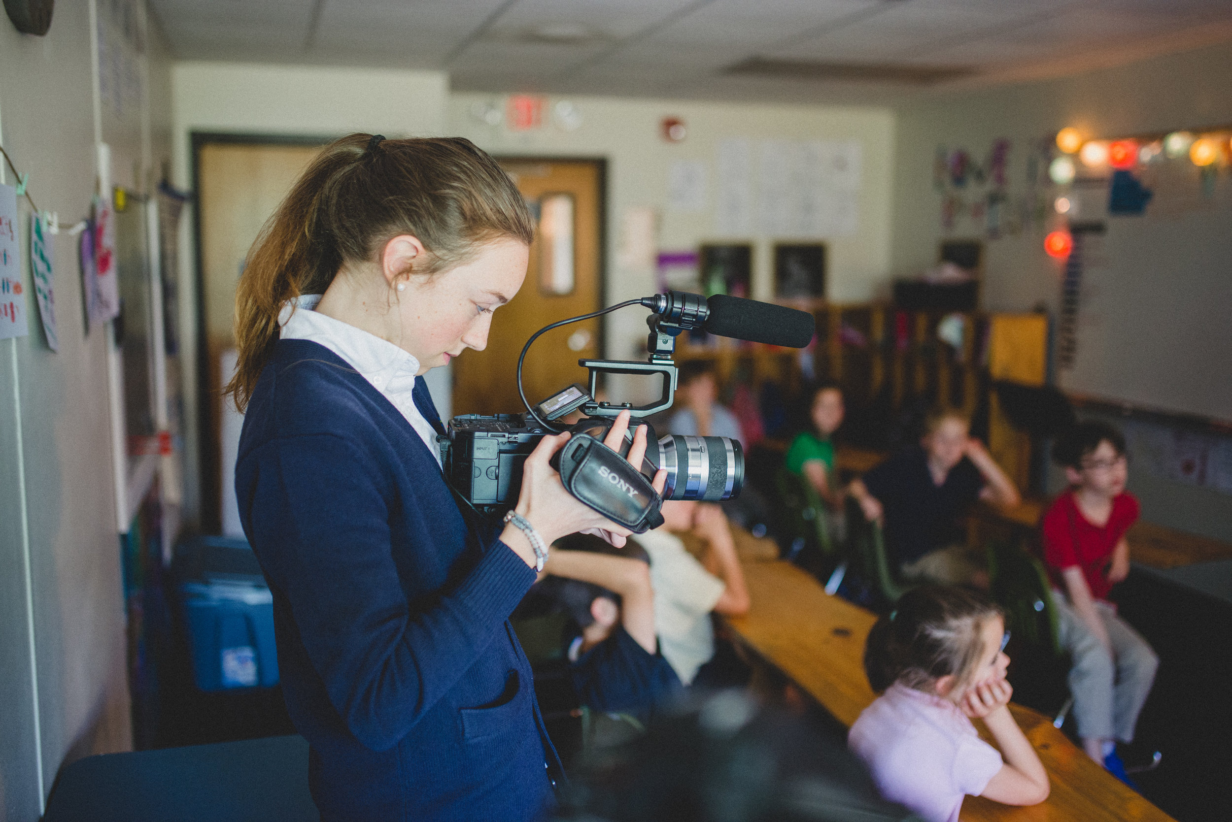 Merci Warren is interested in pursuing journalism as a career. On the Directed Studies shadow day, she practiced her documentation skills through video and writing.