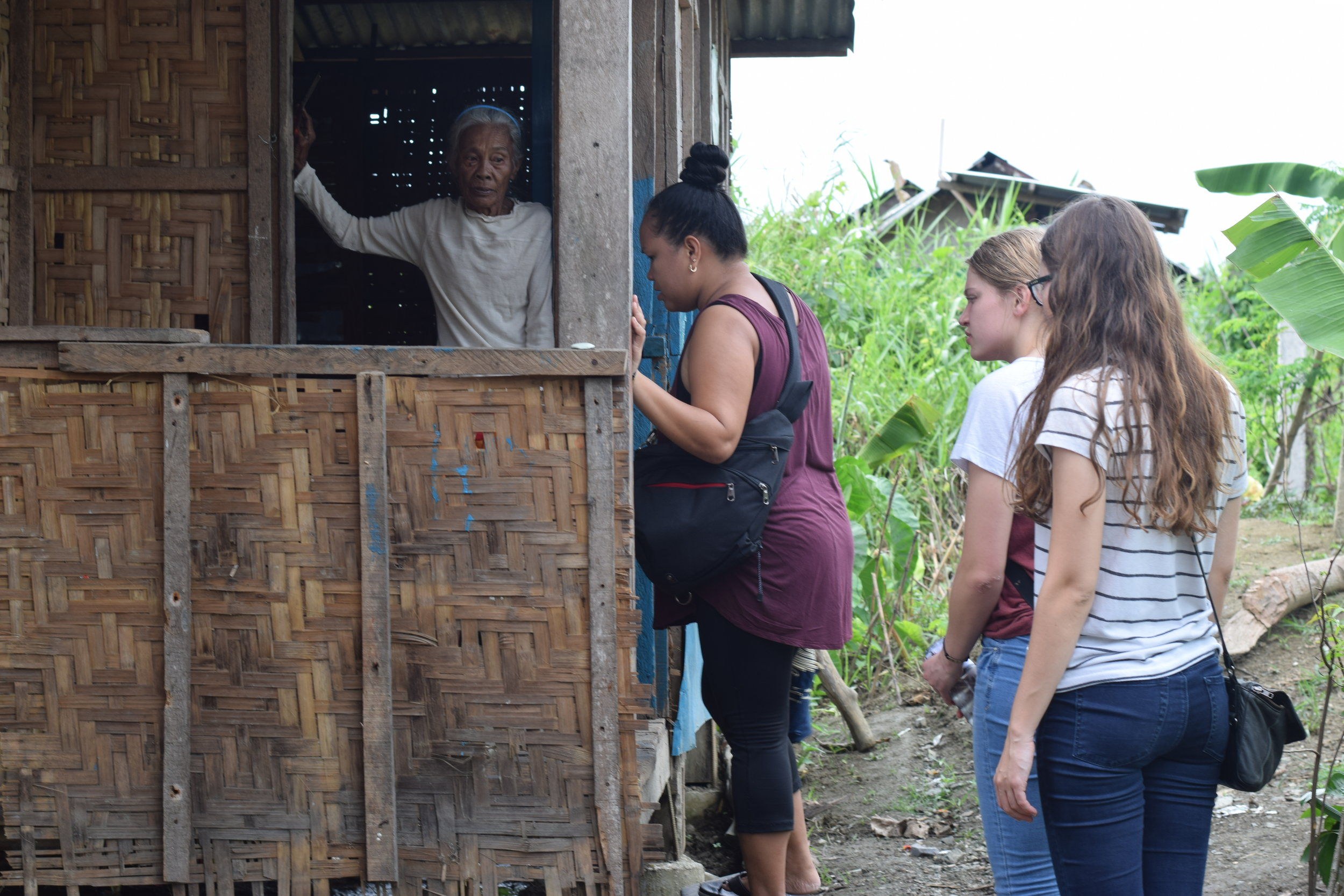 Many elderly people who live in the rural Philippines have little to no access to proper health care. Unless someone visits them, or a family member lives nearby, their condition often deteriorates very quickly due to isolation and lack of care.
