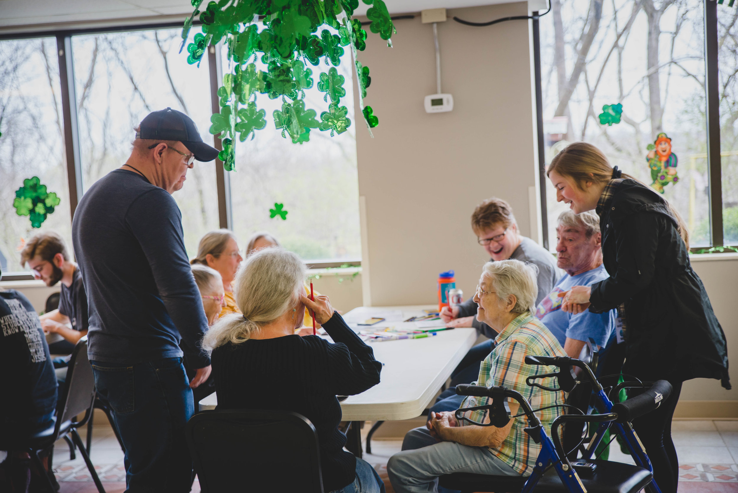 A group of college students from Michigan spent their spring break in Nashville. Visiting elderly at a senior citizen housing complex, students discovered that what many of the residents wanted was an opportunity to share their stories and experiences.