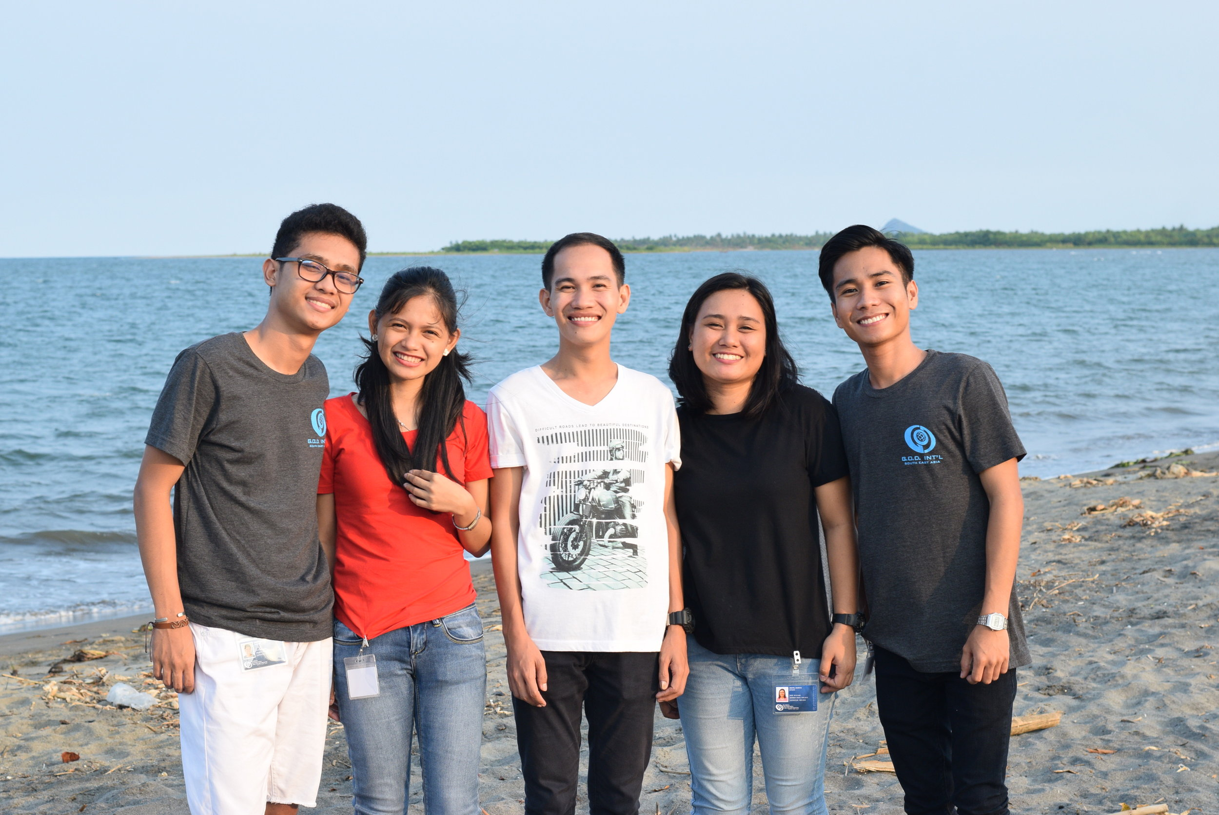 This year's SEA Internship crew is composed of MC Canañes, Sherelyn Campo, Pepito Acebedo, Mayel Sanico and Jairus Tumamak.