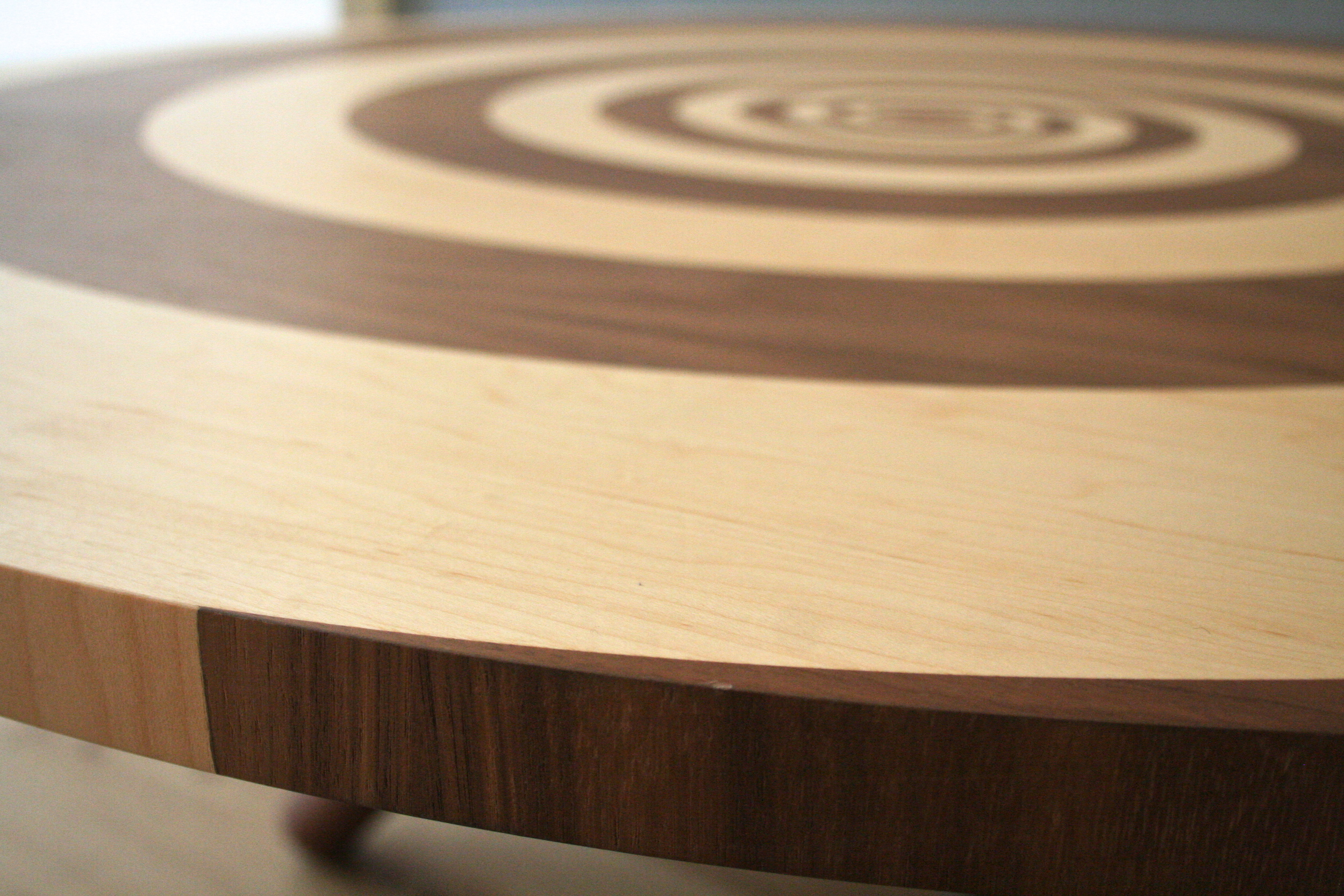 Whirlpool Table -Detail
