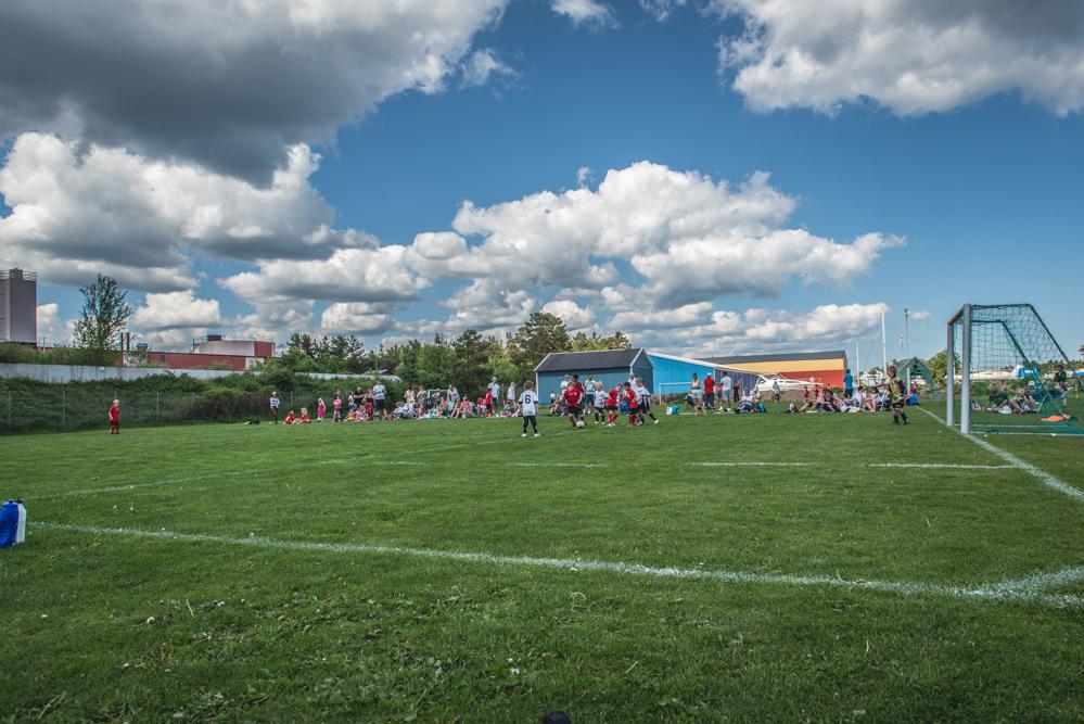 I lördags var det en liten fotbollsturnering mellan OAIK Kalmar FF Färjestaden GOIF och Mönsterås GOIF. Vem som vann? det var ganska oviktigt, pojkarna hade riktigt skoj...