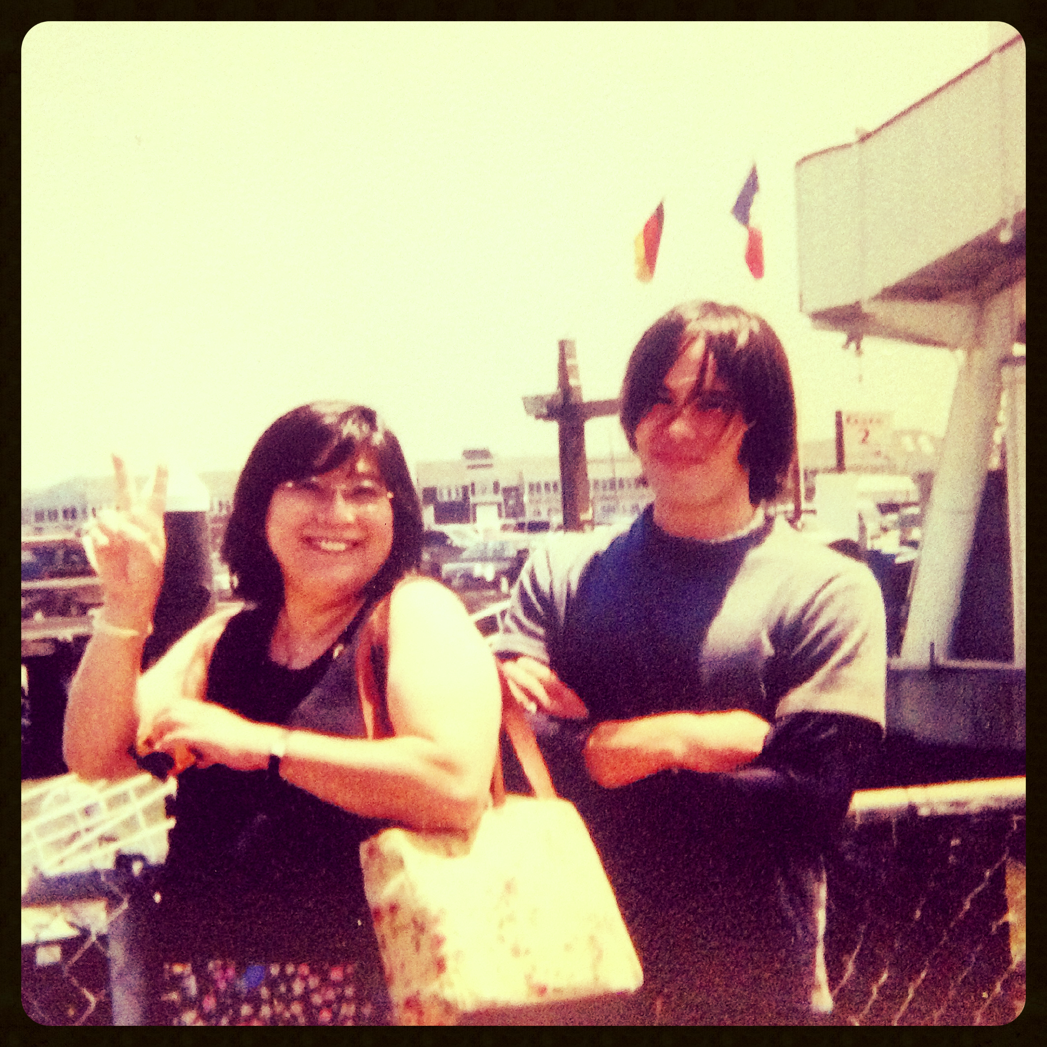 san fran, w my mom (that's her on the left :D ). this pic was a bit later (i was 20?), but u get the picture. traveling w my mom was funnn! :D