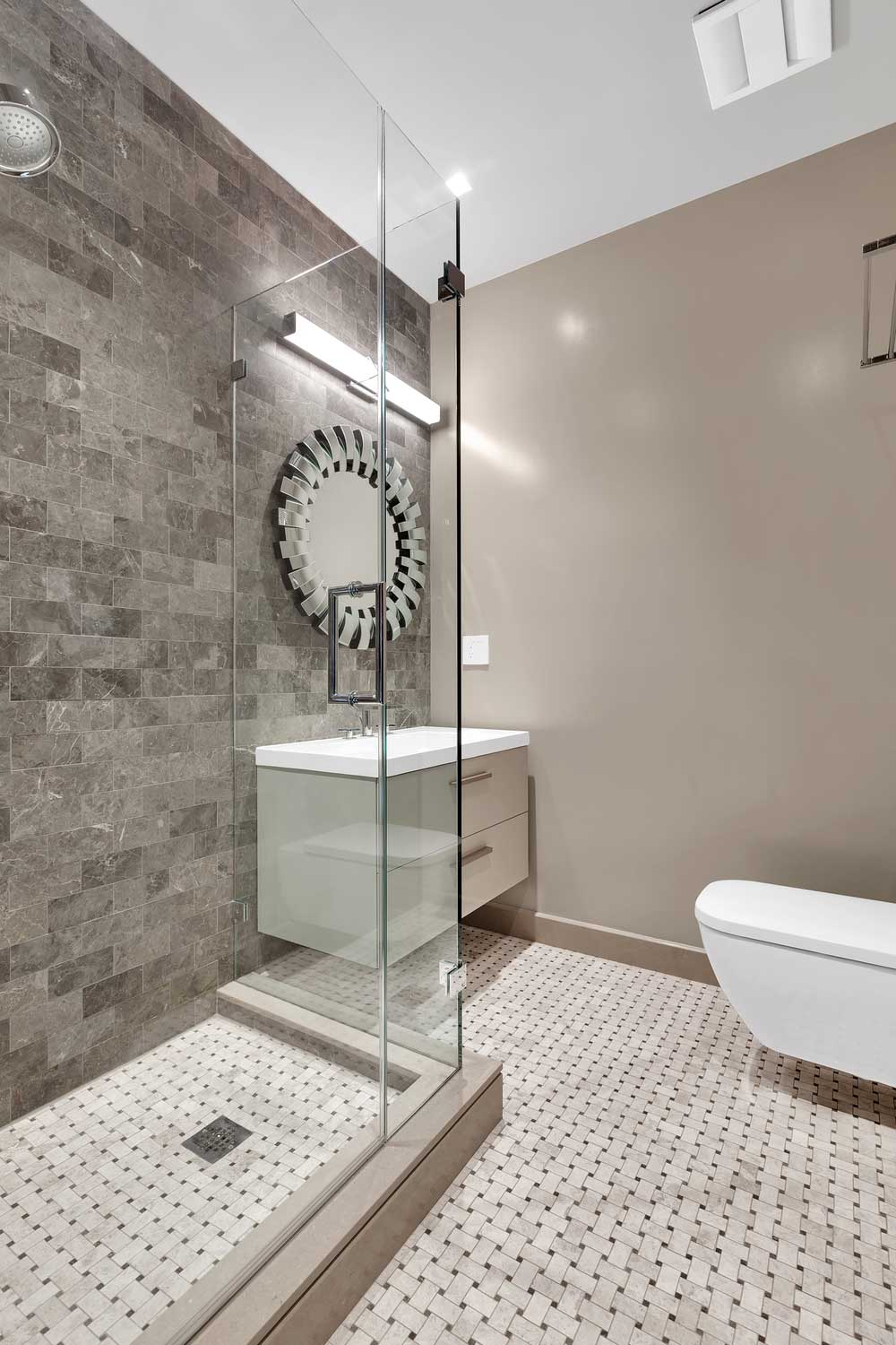 707-park-avenue-hoboken-brownstone-bath.jpg