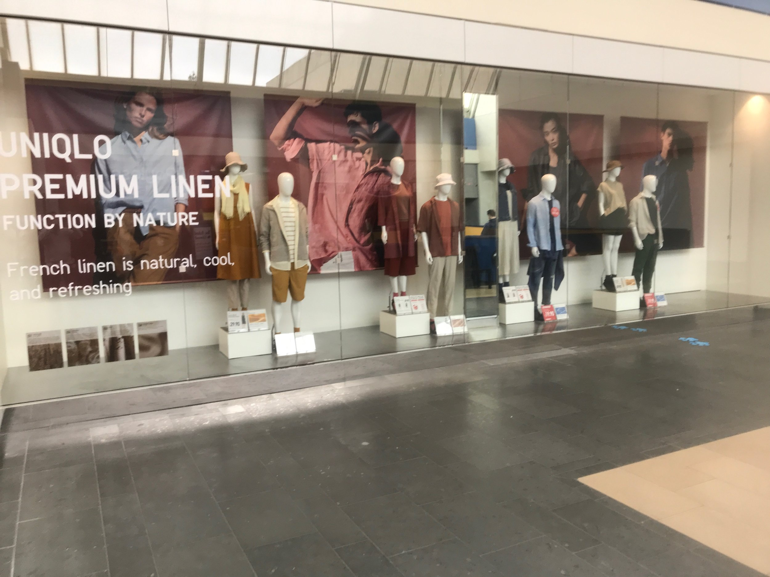 Uniqlo Display WIndow copy 2.jpg