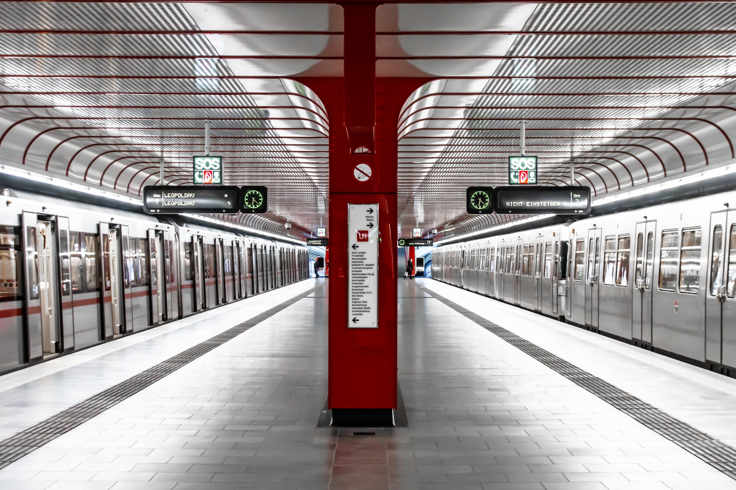 1100 Wien - U1 Alaudagasse