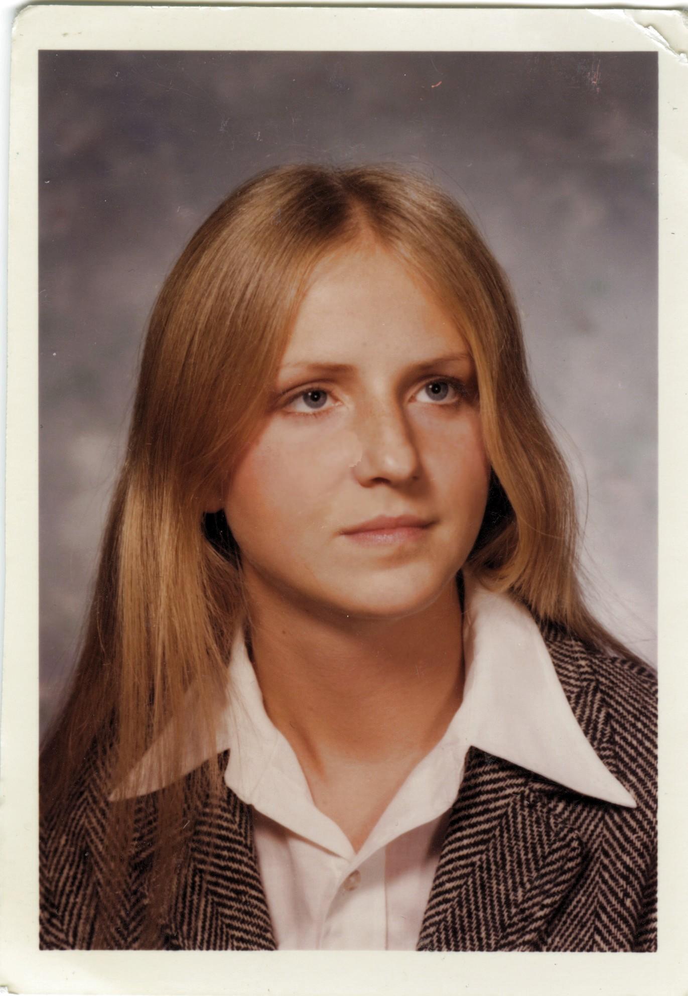 Alouette's high-schoolgraduation photo, front...