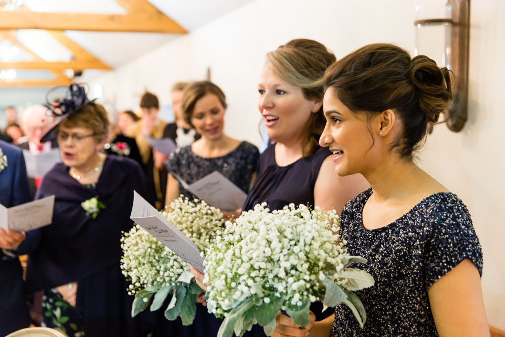 Hampton and Surrey Wedding Photographer_Oaks Farm Wedding