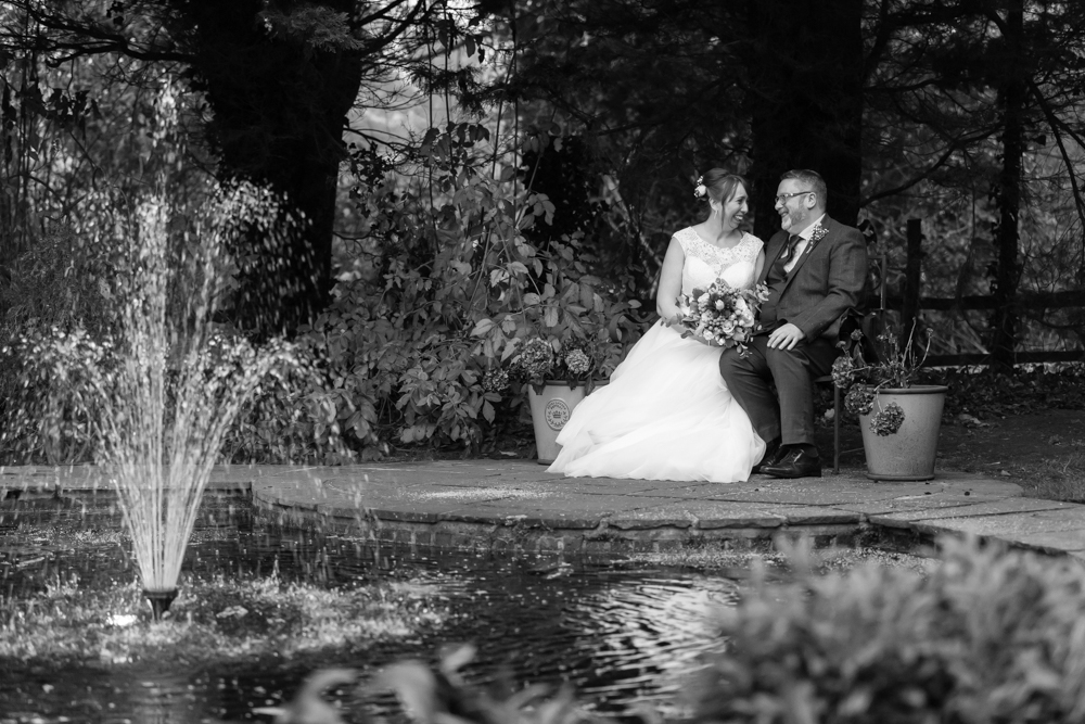 Twickenham and Surrey Wedding Photography_Oaks Farm Wedding