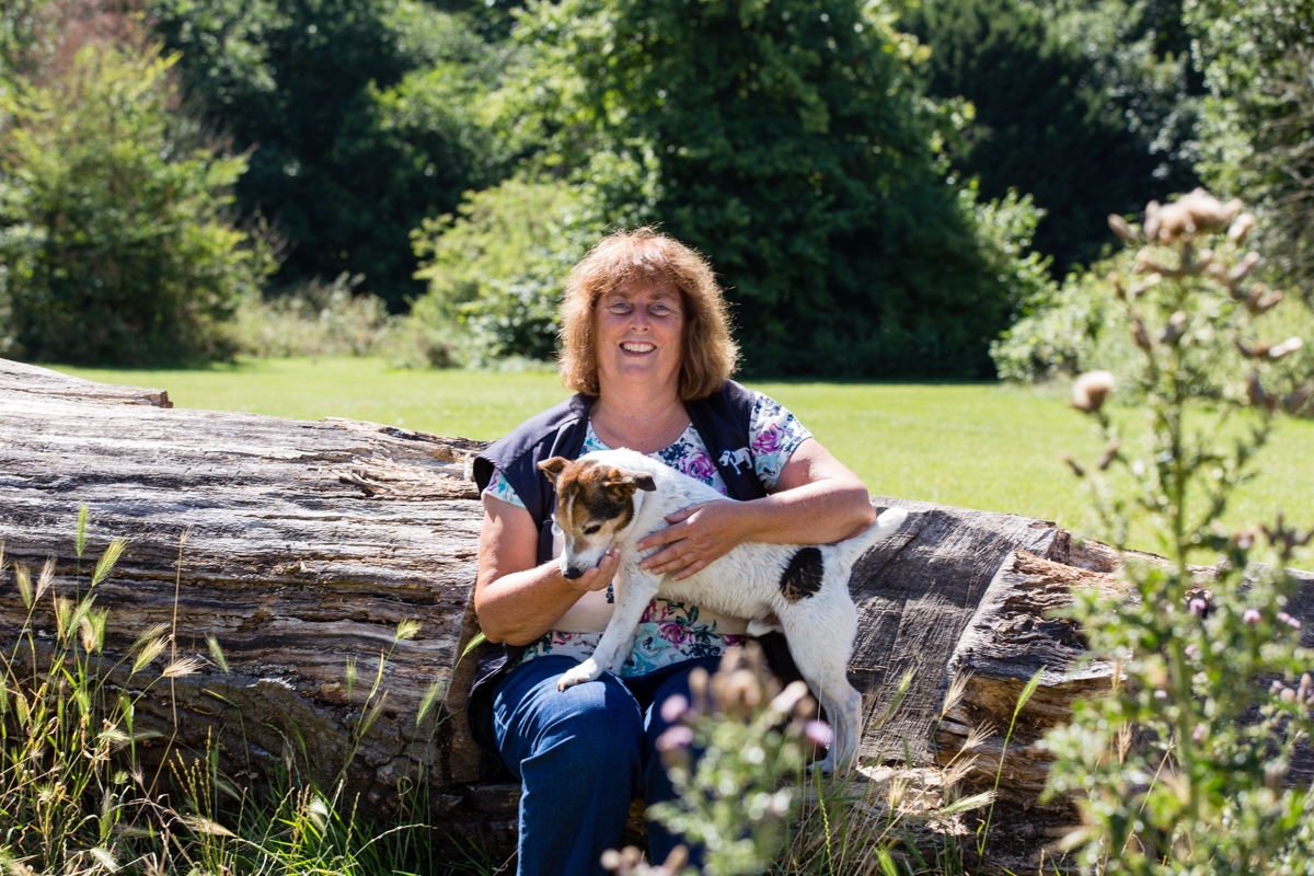 Surrey family and dog photographer