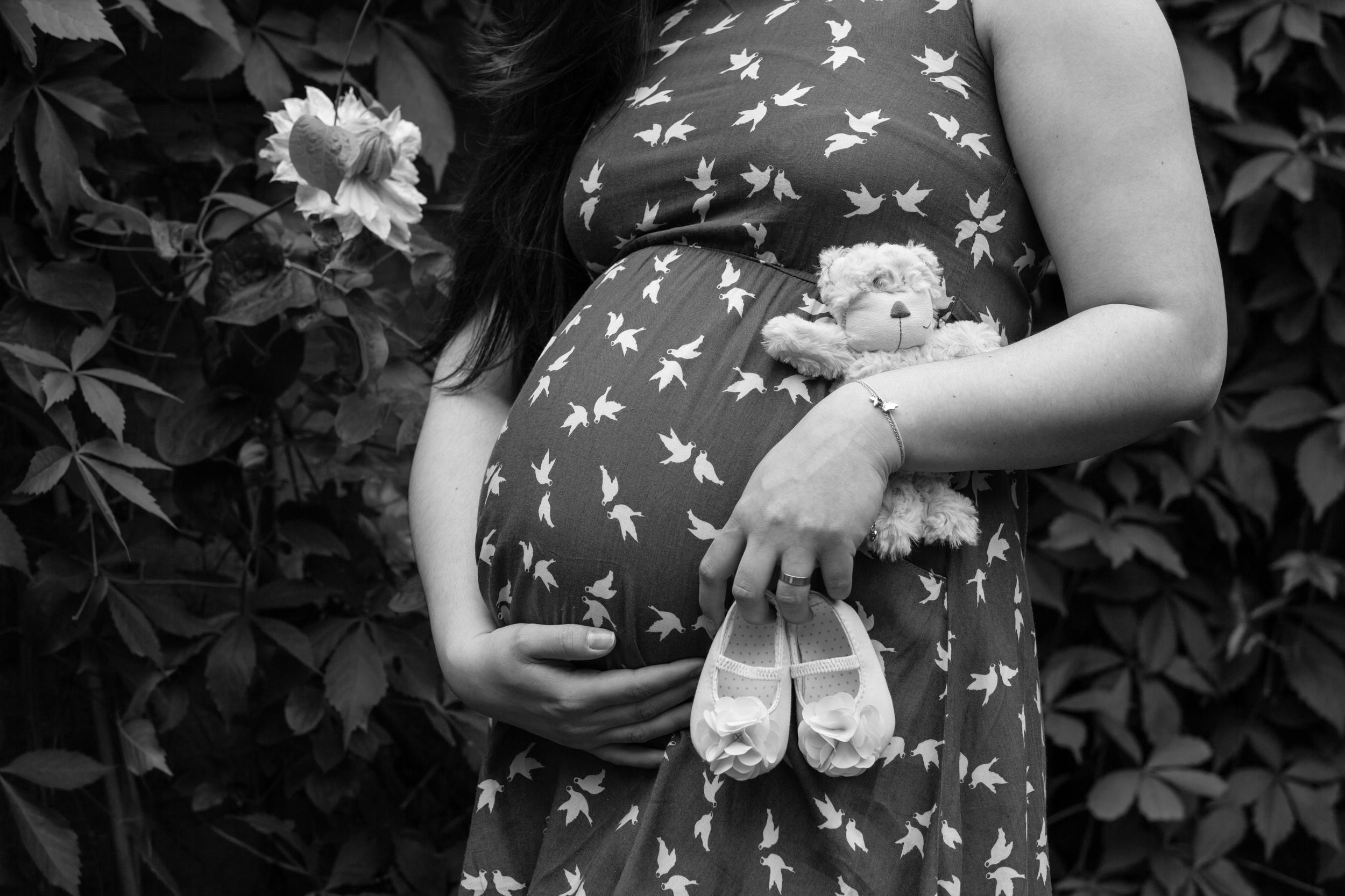 London and Surrey Maternity Photogtapher-16.jpg