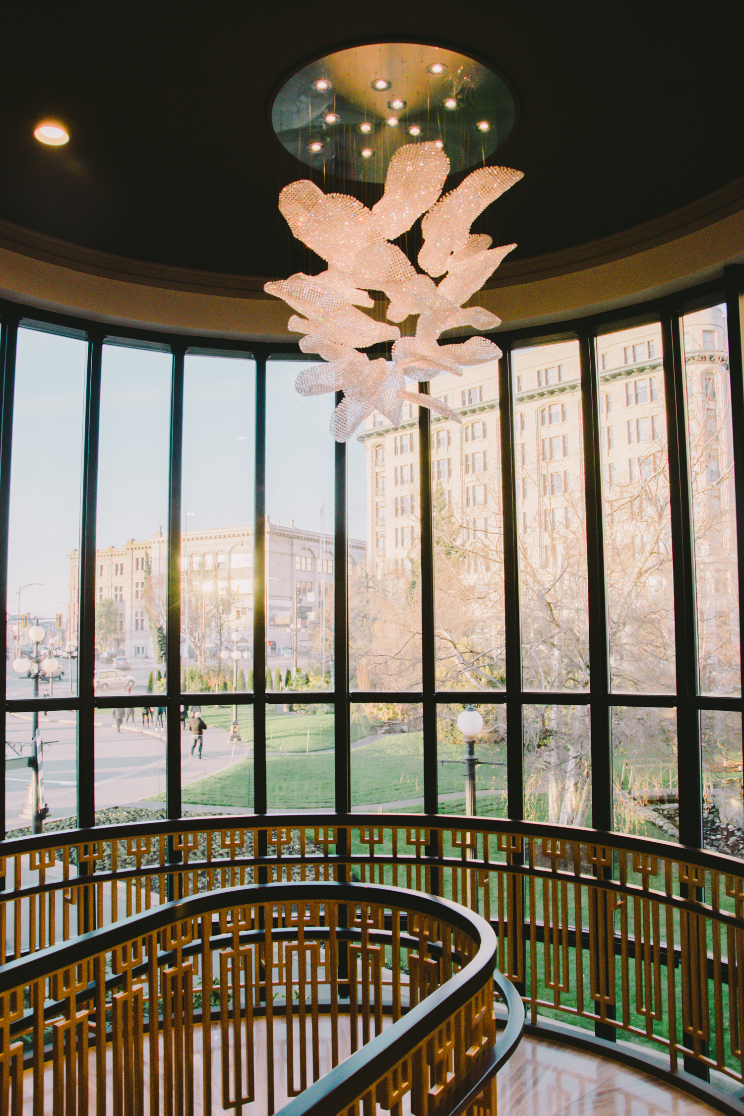 A replica of Twill Flowers over the lobby staircase