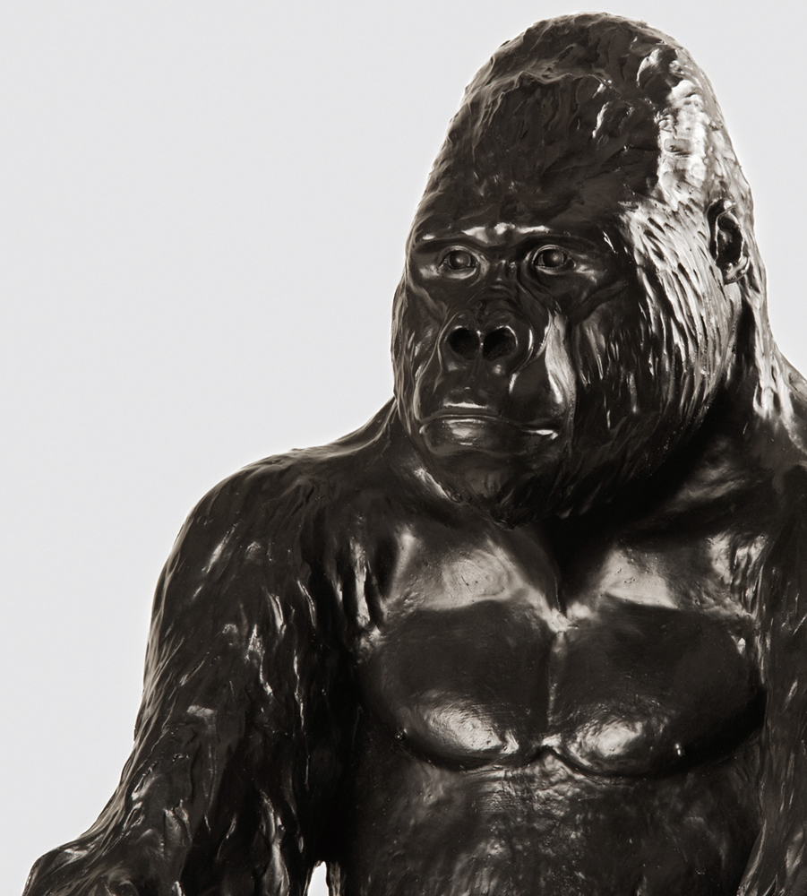 vicky-white-gorilla-sculpture-7.jpg