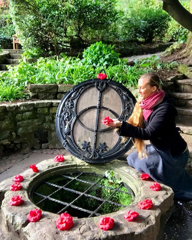 🍎Avalon... my Heart. In September I will be returning to the Holy Isle and welcoming you to meet me there, along with my dear Rose Priestess Sister Annabel, for our Avalon Rose Retreat, Sept 26-29 (read all info from last post). . This week we are honoured to welcome you to our Info Call to deepen into sisterhood and receive more details in real-time about our upcoming Retreat! . The Avalon Rose Retreat INFORMATION CALL Thursday, August 1st 10am PDT / 1pm EDT / 6pm BST . 🌹CLICK LINK IN BIO to receive call details to your inbox. . This will be a space to receive any additional information you've been curious to know, have your questions answered and explore if this retreat is right for you. . If you can't be with us live, please email your questions by Wednesday evening to: connect@goddessrising.org and we will be sure to presence them on our call. . We would be delighted to have you with us for this retreat, as we embark on a nourishing and activating journey. Through the Autumn Equinox portal, we invite you to shed the old, reclaim your power, delight in your sensual nature & be held in Sisterhood as you nourish your Remembrance of Self & embody the mystical teachings of the Rose with our Guides Sophia, Mary Magdalene and Danu-Anna. . . SPACE IS LIMITED. Registration for the Retreat is on a first come, first served basis. DOORS CLOSE August 28. . 🌹CLICK LINK IN BIO to Register for our Information Call. With Love, Achintya & Annabel @annabelduboulay . . #priestesspath #avalon #roselineage #marymagdalene #sophia #goddessrising #divinefeminine