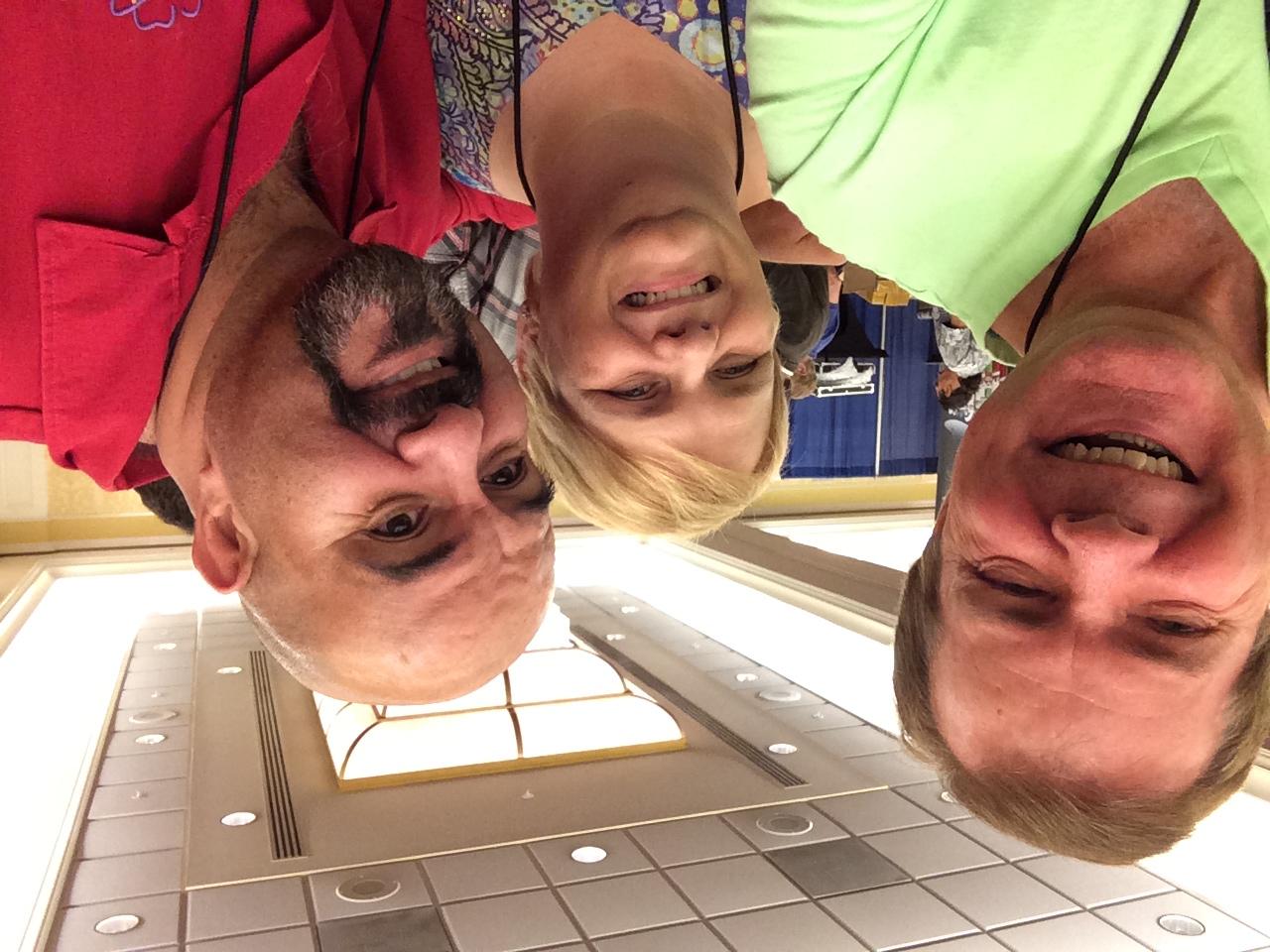 Scot t, Melody & Oscar Munoz
