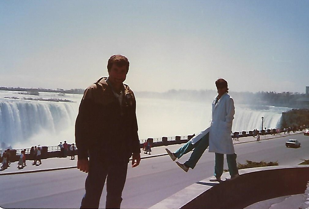Scott Wells in foreground with Rudy behind and Niagara Falls in background