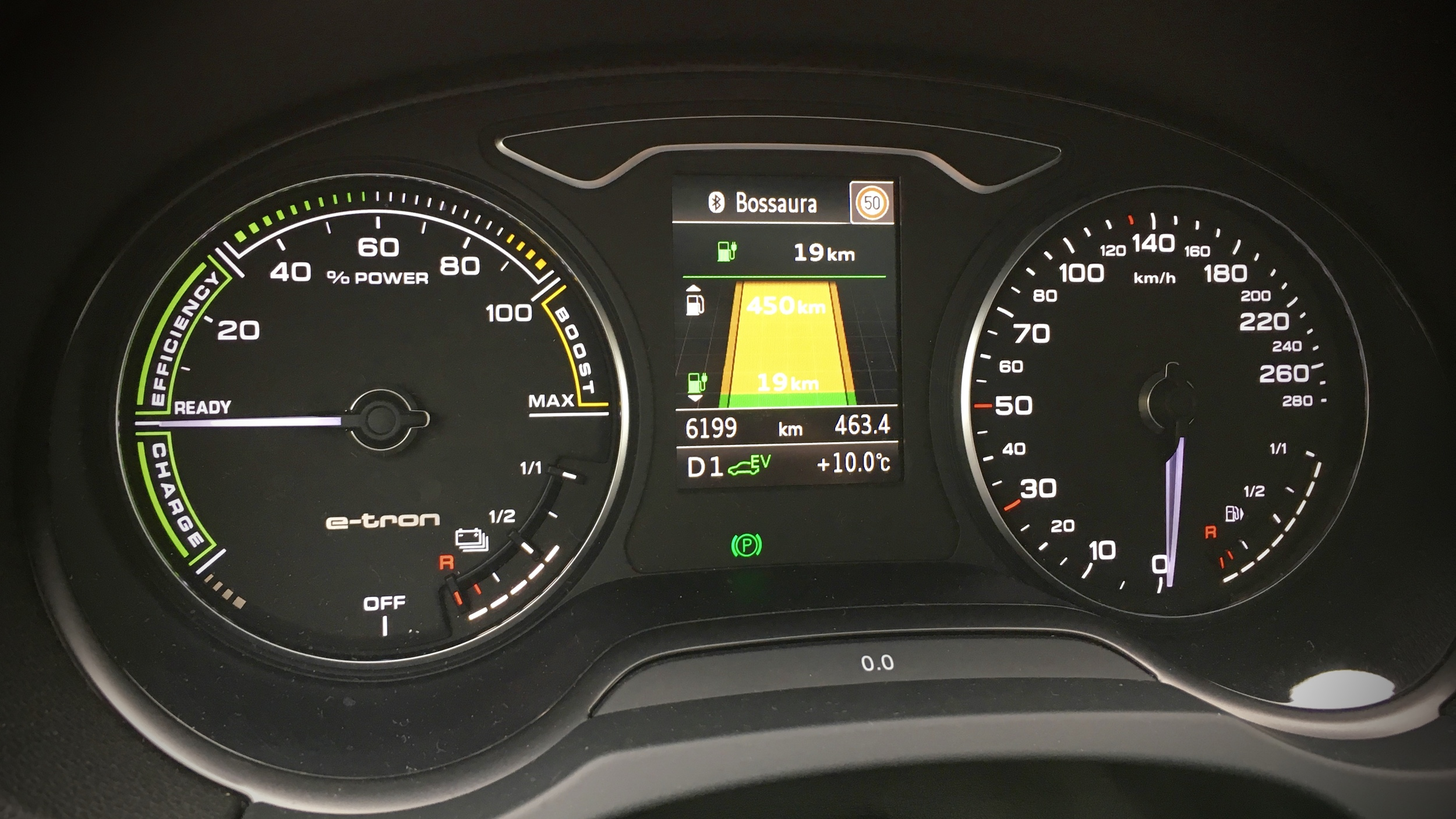 Fancy e-tron specific instrument cluster showing combined ranges