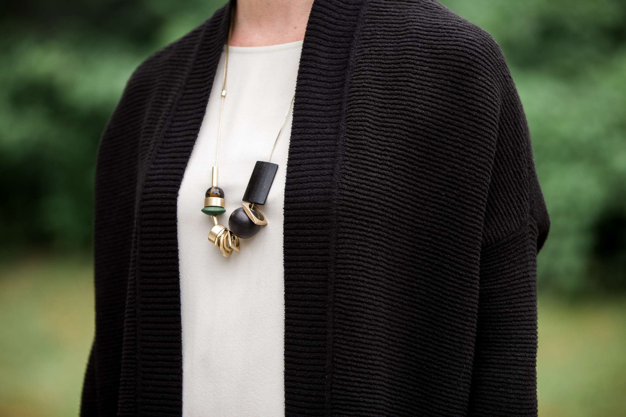 mindful closet: minimalist personal stylist