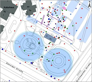 Demolished gas facilities are highlighted in blue. The two circles are gas storage containers. The area is now a park (at left).