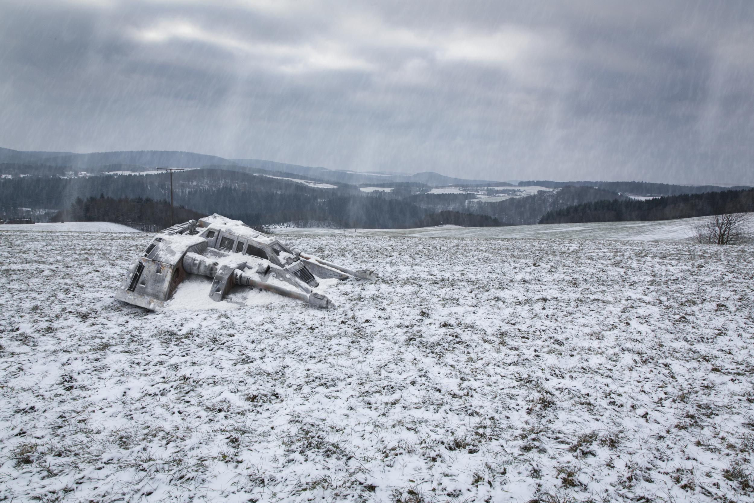 Portfolio Snowspeeder crash-.jpg
