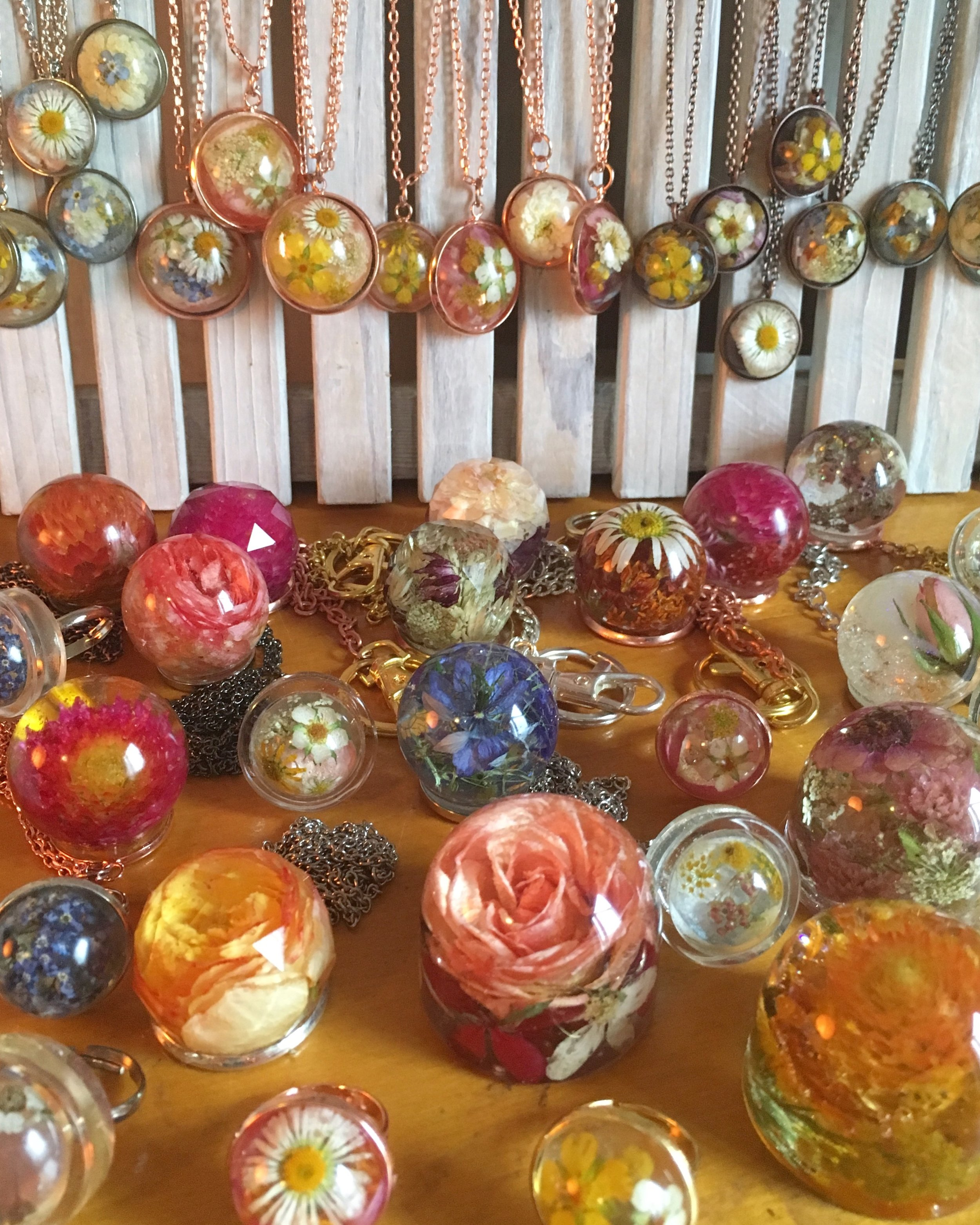 pendants, rings, keychains & small dome paperweights