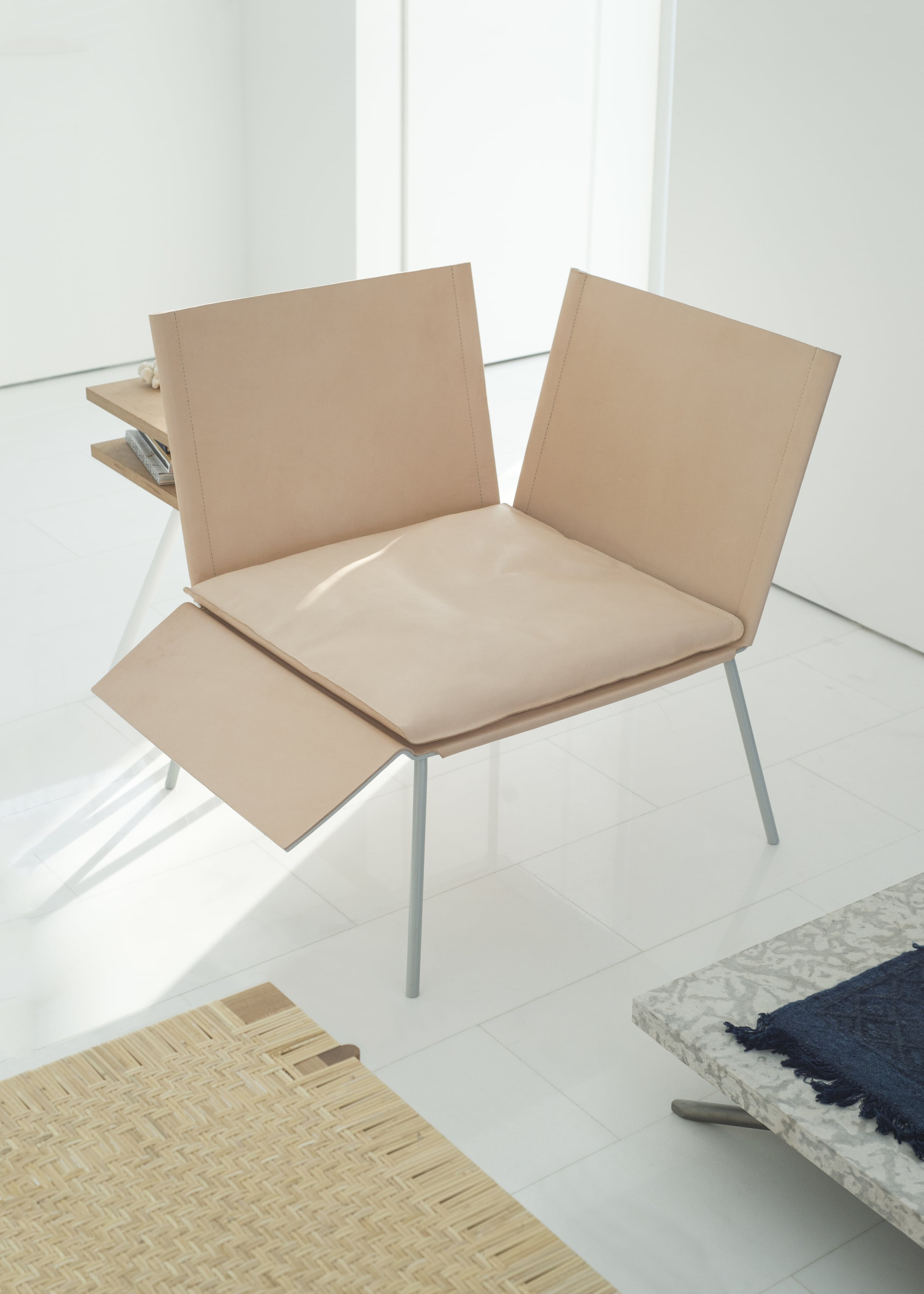 Thom_Fougere_Saddle_Chair