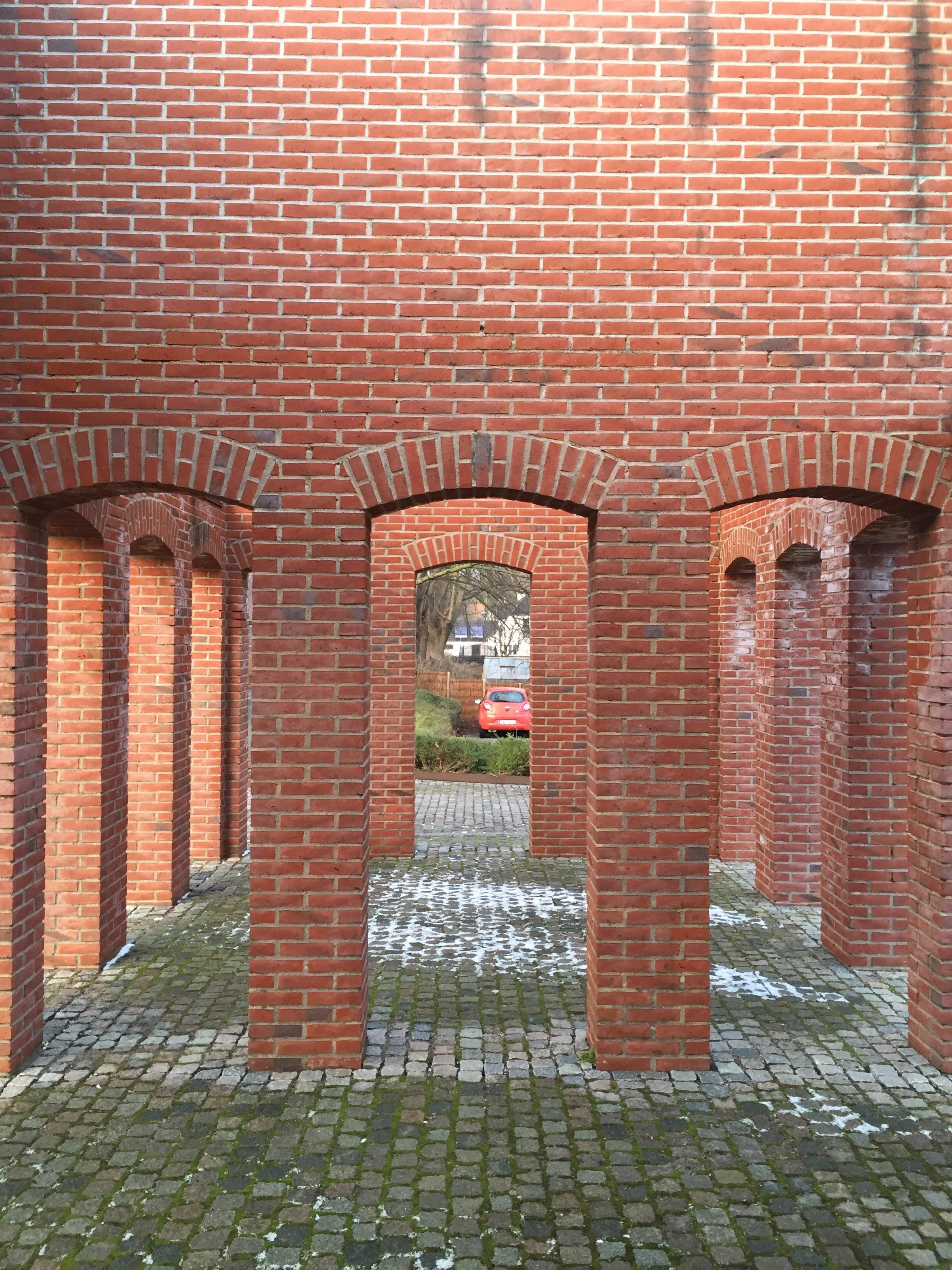 Thom Fougere Brick