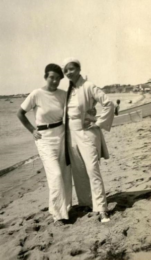 Djuna & Thelma in the 20's in the South of France
