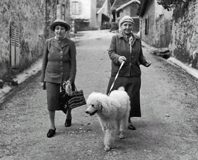 Alice & Gertrude in the French Countryside