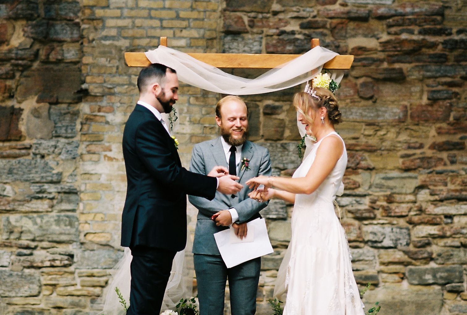 Twin Cities Mill City Museum Summer Wedding by NYLONSADDLE Photography