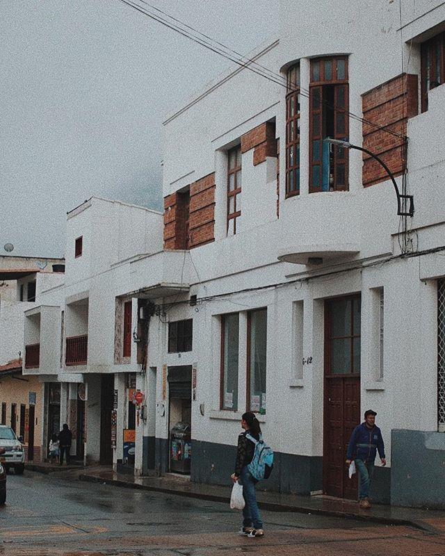La ciudad de Pamplona - tqm . . . . #colombia #vsco #womenshootfilm #framegrab #livefolk #architecture #portraiture #sonycam #8mm #vscocam #colombiatravel #colombiacity #espanol #fujifilm #create #citystreets #tequieromucho