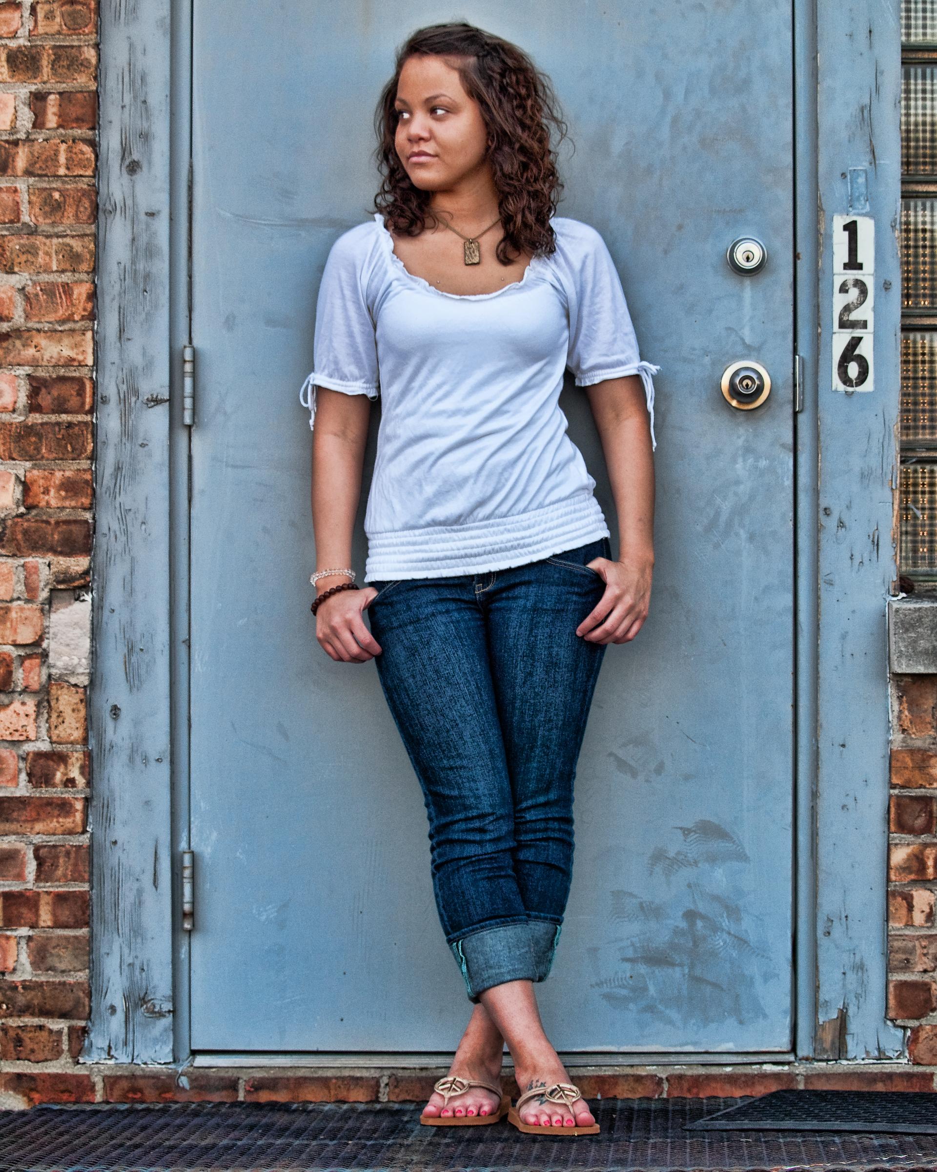 senior-picture-blue-door