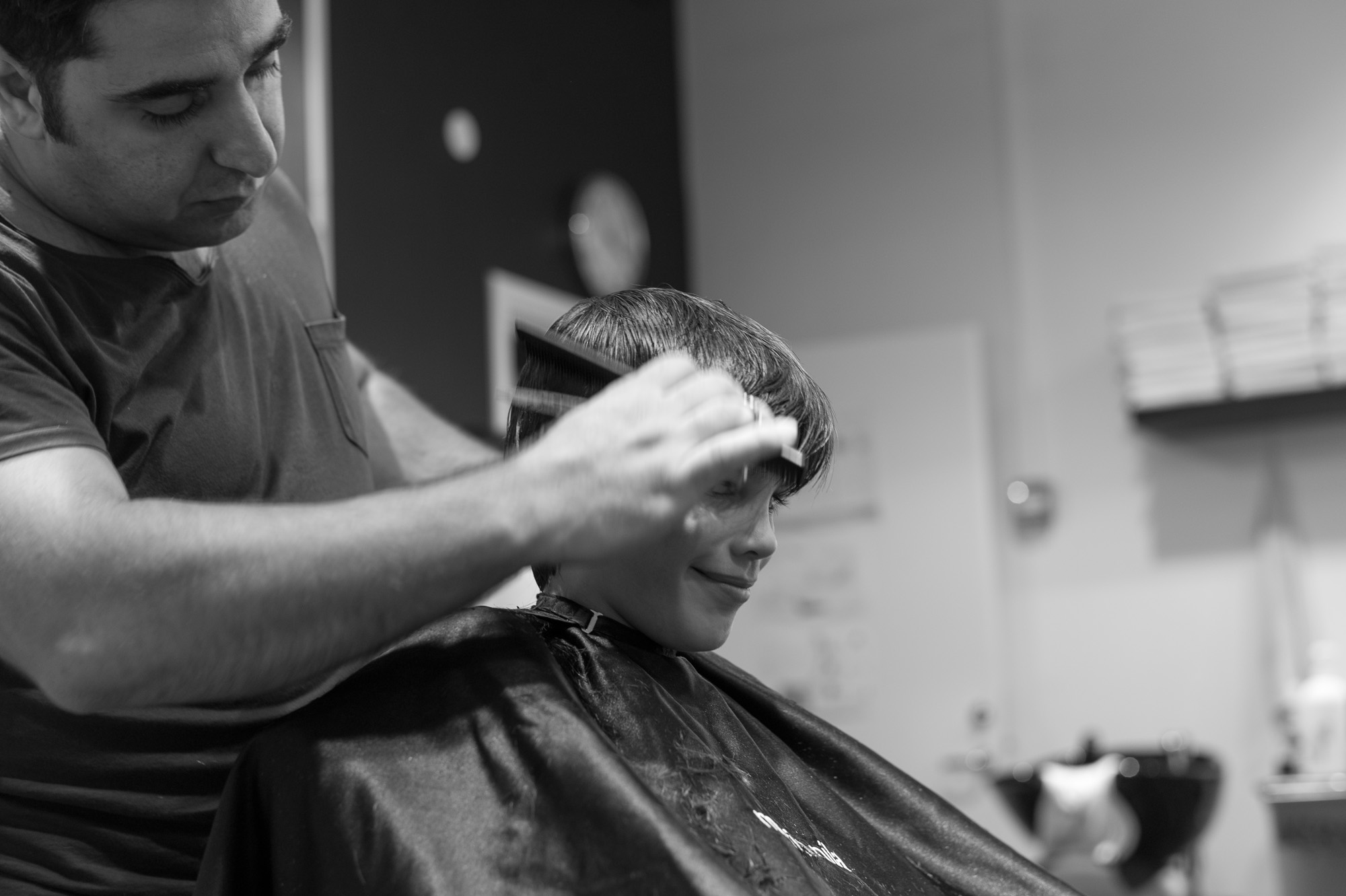 Getting a haircut-9.jpg