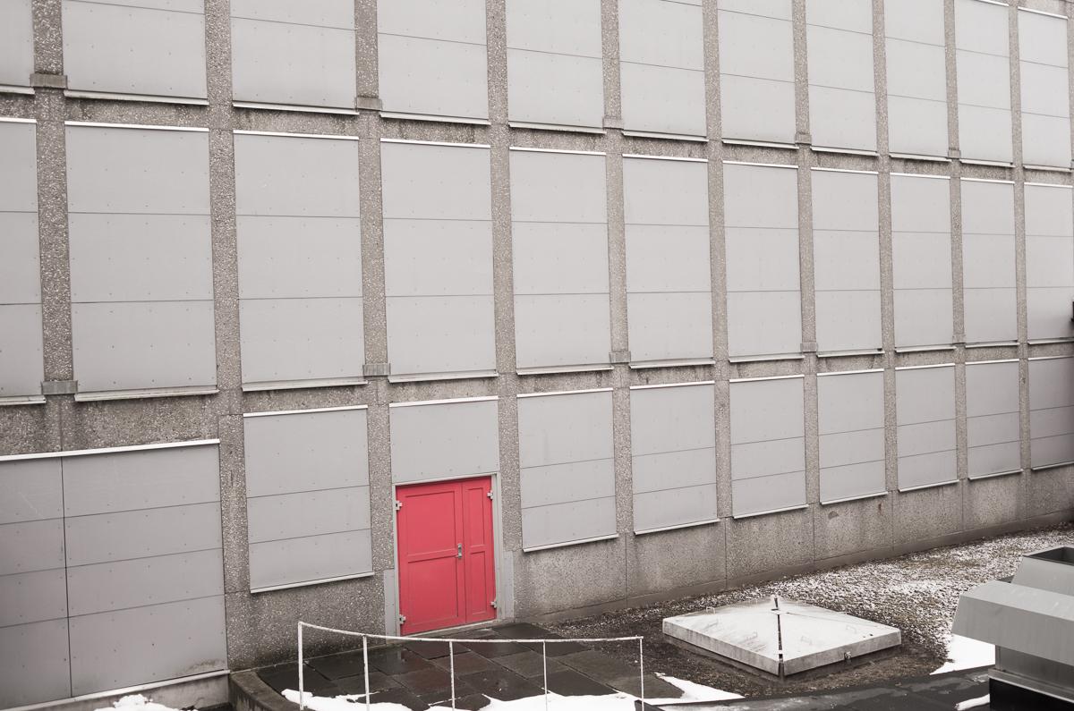 röd port.jpg