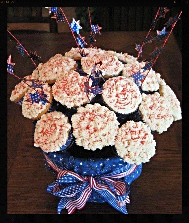 Sally's 4th of July Cupcake Bouquet